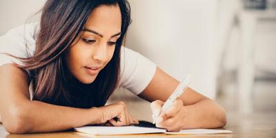10 Langkah Penulisan Esai Berkualitas