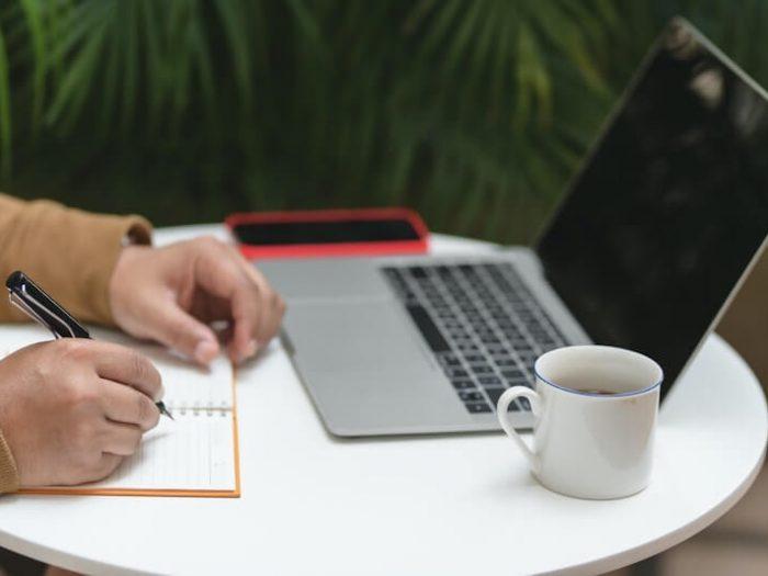Strategi Utama untuk Layanan Penulisan Esai Perguruan Tinggi