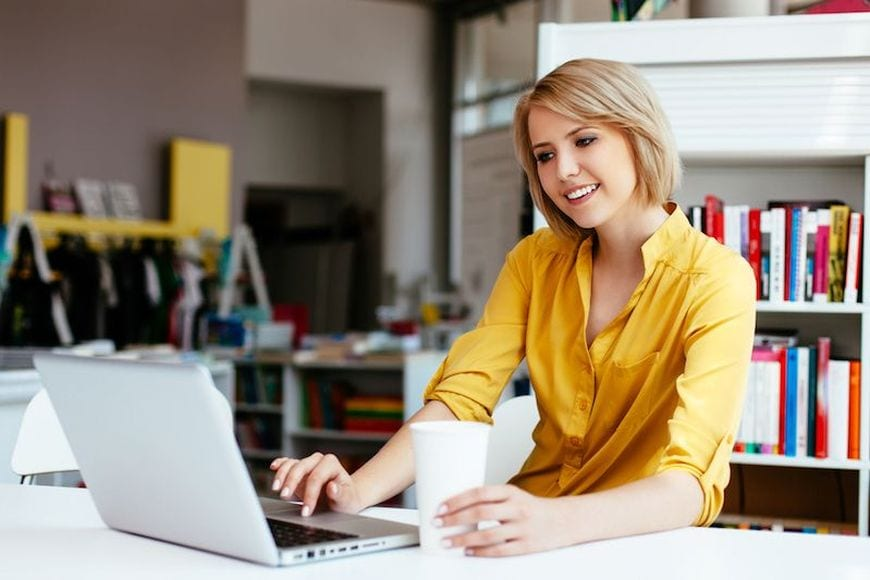 Choosing the Best Essay Writer Services